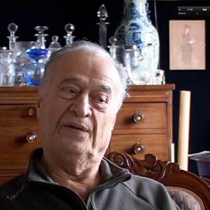 """Extrait du film documentaire """"L'avicenne du 20ème"""" d'Ali Mafakheri 2008"""
