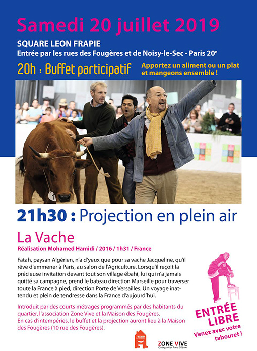 Projection en plein air du film La Vache
